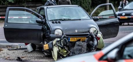 Automobilist rijdt bewust in op scooter en slaat op de vlucht in Terborg: 'Dacht dat hij dood was'