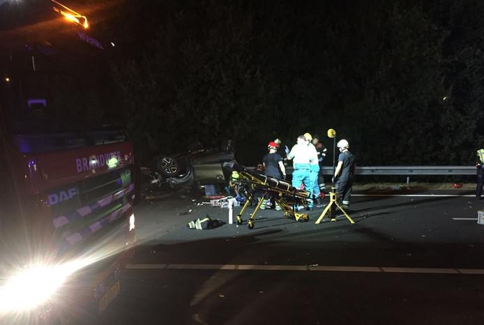 Doden en gewonden bij ongeluk op A2 bij Best
