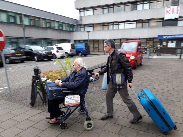 Een enorme operatie: laatste 74 patiënten verlaten het failliete MC Slotervaart