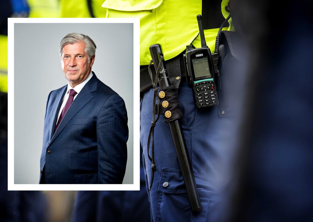 Burgemeester Peter Oskam van Capelle aan den IJssel legt uit waarom zijn gemeente meedoet aan de pilot met bewapende boa's.