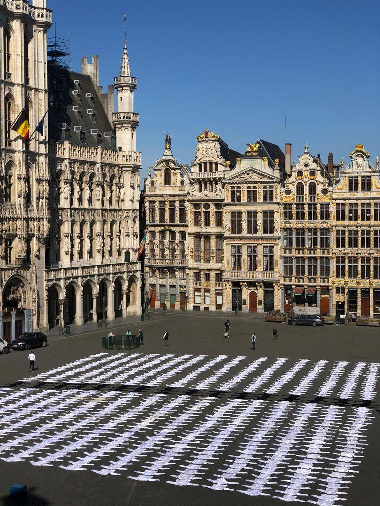 Plus de 1.000 vestes de cuisine sur la Grand Place de Bruxelles. Les photos