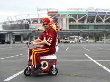 Met een 'opgevoerde' koelbox naar het stadion