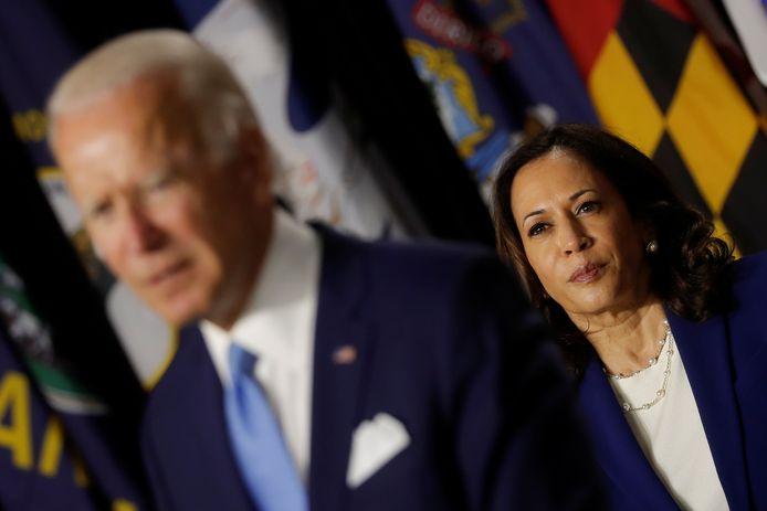 Biden (links) en Harris.