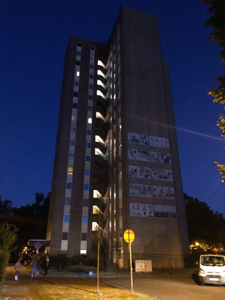 Het getroffen flatgebouw op de Henry Spaaklaan.
