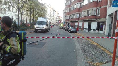 Gentse straat afgesloten en woningen ontruimd, maar verdachte koffer blijkt onschadelijk