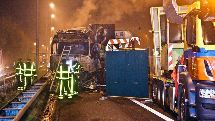 Man uit Meteren omgekomen bij ongeval op A15.