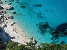 Zakje strandzand als souvenir? Op Sardinië krijg je 1000 euro boete