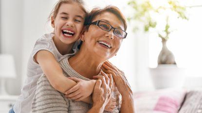 Sommige oma's en opa's mogen weer op kleinkinderen passen