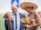 Koningin Máxima bezoekt Beltrum: 'Ze had een heel mooie jurk aan'