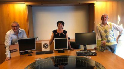 Kiwanis Eeklo-Meetjesland schenkt voor 4.000 euro computers om thuisonderwijs te ondersteunen