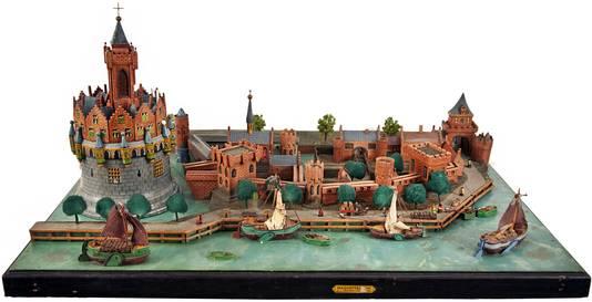 Maquette van Blauwe Toren, recht de Waterpoort.