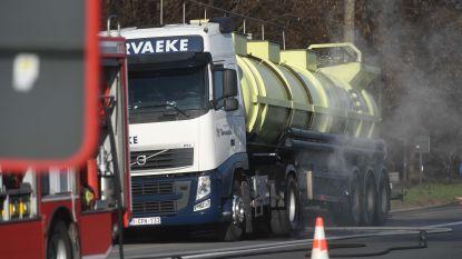 VIDEO: Vrachtwagen lekt zoutzuur op E314