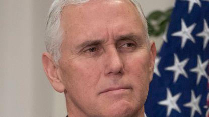 Pastoor bekritiseert 'shithole'-uitspraken Donald Trump, diepgelovige vicepresident Mike Pence zit er ongemakkelijk bij