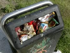 Duivenaren gaan het met 76 prullenbakken minder moeten doen