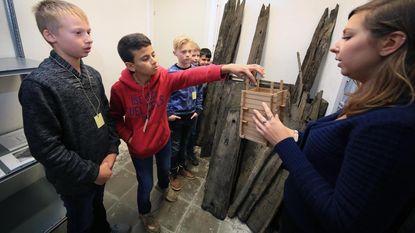 Leerlingen maken kennis met archeologie dankzij stadsarchief