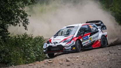 Latvala grijpt de macht in Rally van Finland, Neuville achtste