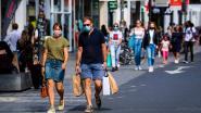 """REPORTAGE. Antwerpen toont begrip voor extra maatregelen om coronagolf te stoppen: """"De gegevens van mijn klanten bijhouden? Een kleine moeite"""""""