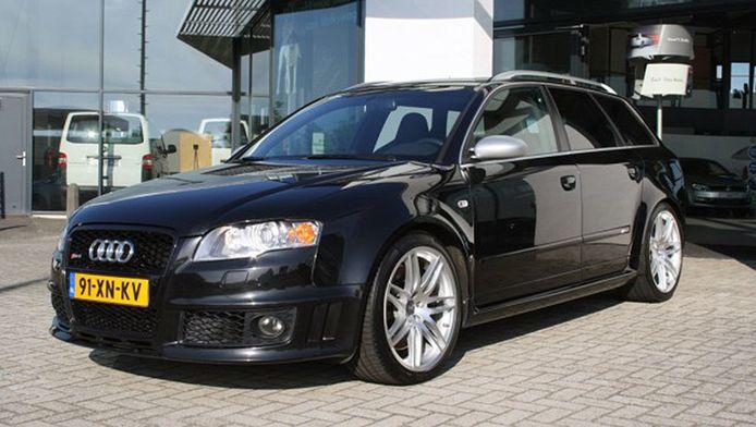 De gestolen Audi, die werd ontvreemd tijdens een proefrit.