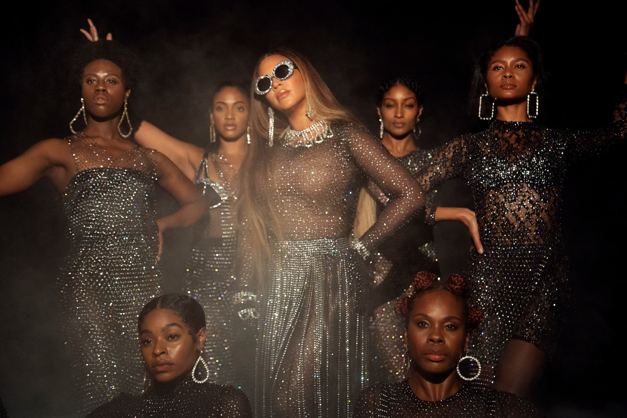 Beyoncé in een scène uit haar visuele album Black is King.