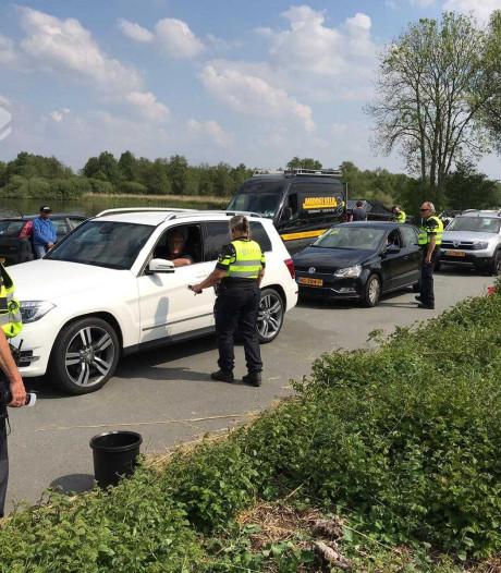 Grote controle op weg en water: politie Steenwijkerland betrapt tientallen mensen