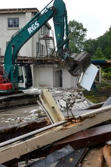 Chic hotel maakt plaats voor woningen: De Donderberg geveld door sloophamer