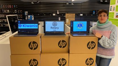 Serviceclubs schenken vijftig laptops aan Lierse scholen voor leerlingen uit kwetsbare gezinnen