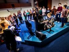 Eerste repetitie voor zangtalenten van speciaal Passionkoor