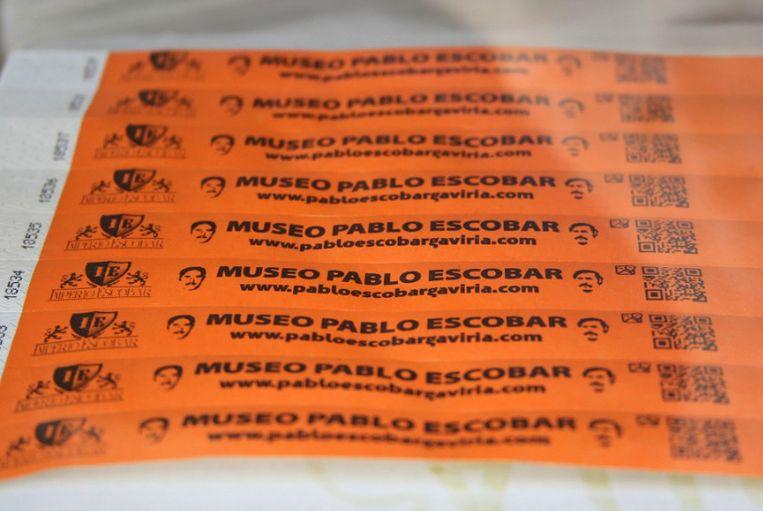 De polsbandjes die bezoekers van het Pablo Escobar-museum in Medellín moesten dragen.
