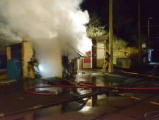 Rellen in Duindorp na afgelasten van vreugdevuur: dertien mensen aangehouden