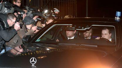 Koning houdt ontslag regering-Michel II in beraad
