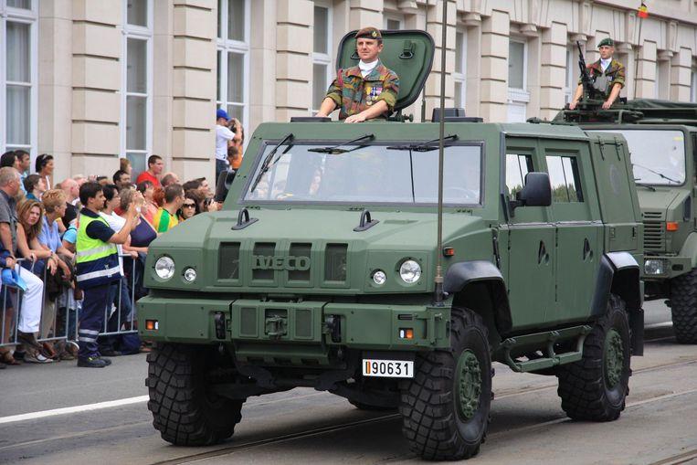 Een LMV (Light Multirole Vehicle) tijdens het militair defilé op 21 juli.