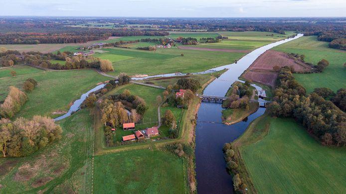 De Vecht met vistrap in de omgeving van Vilsteren.