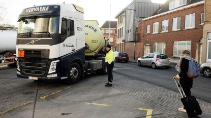 Enige maatregel: parkeerwachter in geel hesje