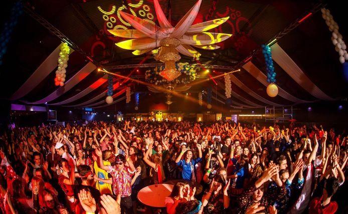 Carnaval bij Active Partyworld in Druten.