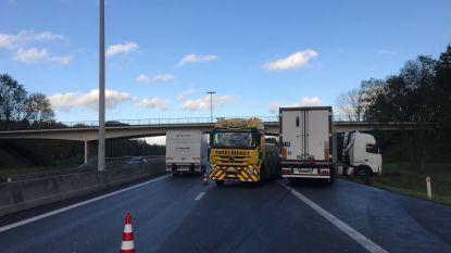 Ongeval met vrachtwagen veroorzaakt hinder op E34