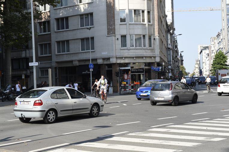 Vooral aan het kruispunt Rubenslei-Quellinstraat-Quentin-Matsyslei met de Maria-Theresialei moeten leerlingen oppassen bij het oversteken.