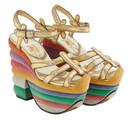 In het Museum Salvatore Ferragamo staan hippe en historische schoenen bij elkaar.