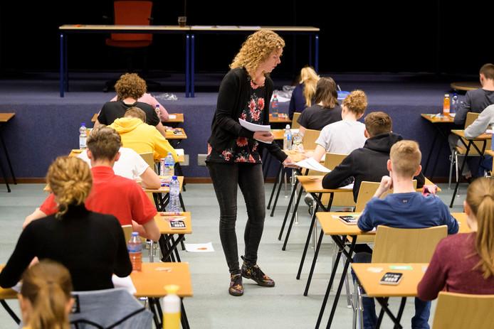 Examens op de Lage Waard. Foto ter illustratie.