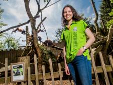 Ester (20) hoort tijdens haar werk brulapen brullen en gibbons zingen