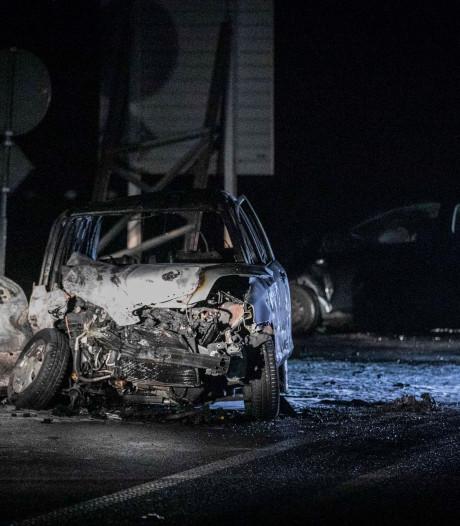 Dode bij ongeluk Geesteren is man (74) uit Berkelland, vrouw door omstanders uit brandende auto gered