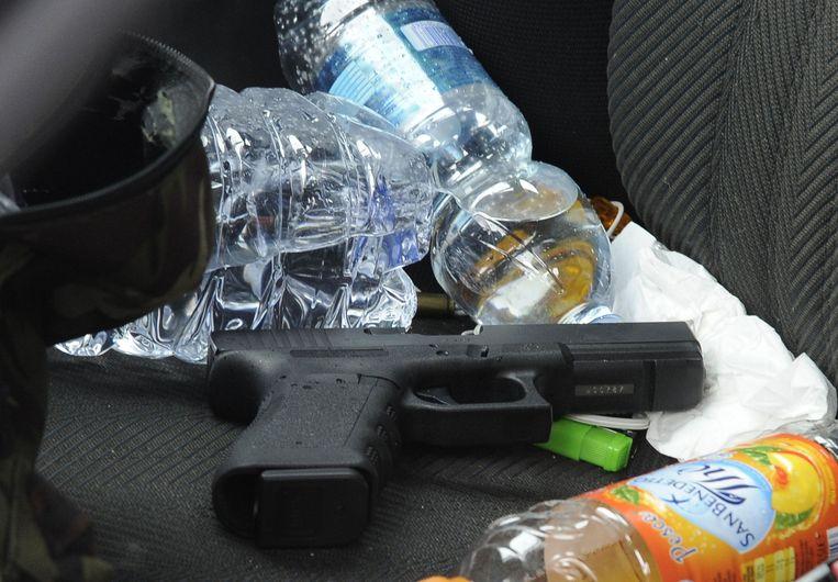 Het wapen waarmee Luca Traini de migranten beschoot.
