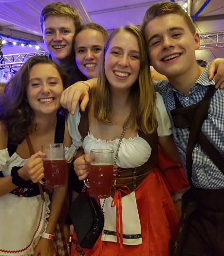 De Klomploegers nemen een feestje bouwen heel serieus in Liempde