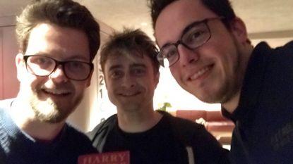 """Vloggers jagen op 108 Harry Potter-acteurs voor het goede doel: """"Vorige week strikten we Daniel Radcliffe"""""""
