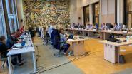 Trouwzaal geeft raadsleden extra ruimte tijdens eerste fysieke gemeenteraad in zes maanden