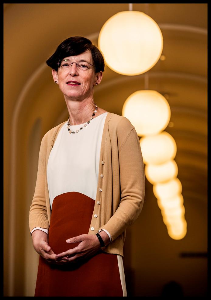 CPB-directeur Laura van Geest: 'Ons zelfbeeld klopt niet'.