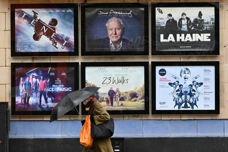 Een bioscoop in Londen waar David Attenboroughs 'A life on this planet' draait. Beeld Hollandse Hoogte / AFP