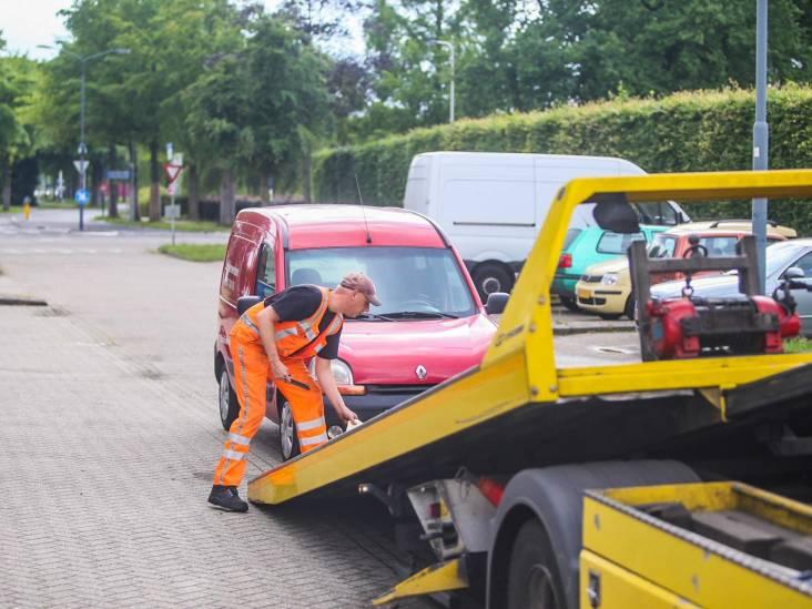 Meerdere auto's in beslag genomen bij politiecontrole in Helmond