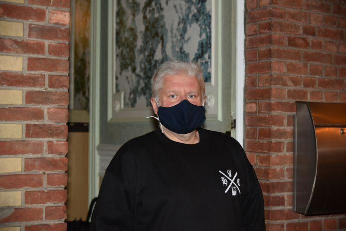 """De buurman enkele huizen eerder: Heyndels Jean-Pierre: """"We overlegden met de buren of we de politie er niet bij moesten halen."""""""