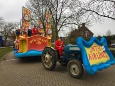 Carnavalsclubs in Haren laten zich niet van de wijs brengen tijdens optocht