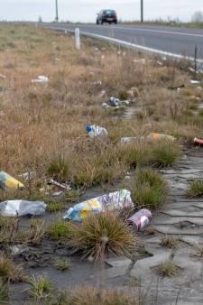Nieuwe oprit naar A58 bij Goes verandert in een grote vuilnisbelt